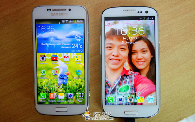 Here's Samsung GALAXY S4 Zoom vs Samsung GALAXY S3