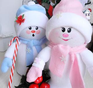 muñecos-navideños-con-botellas-recicladas