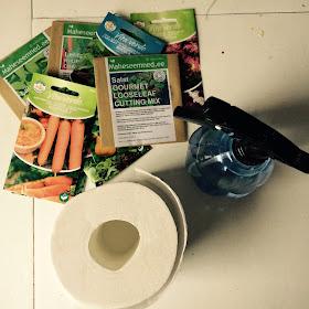 cd7561a26ae Laota wc paber lauale, tee nii pikad ribad, kui võimalik. Niisuta paberid  veega.