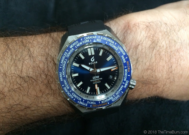 BOLDR Globetrotter Divers Watch Limited Edition blue wrist