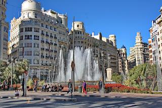 Valencia, Kota Futuristik Nan Ramah Favorit Wisatawan