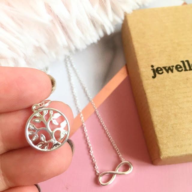 Jewellerybox tree of life necklace