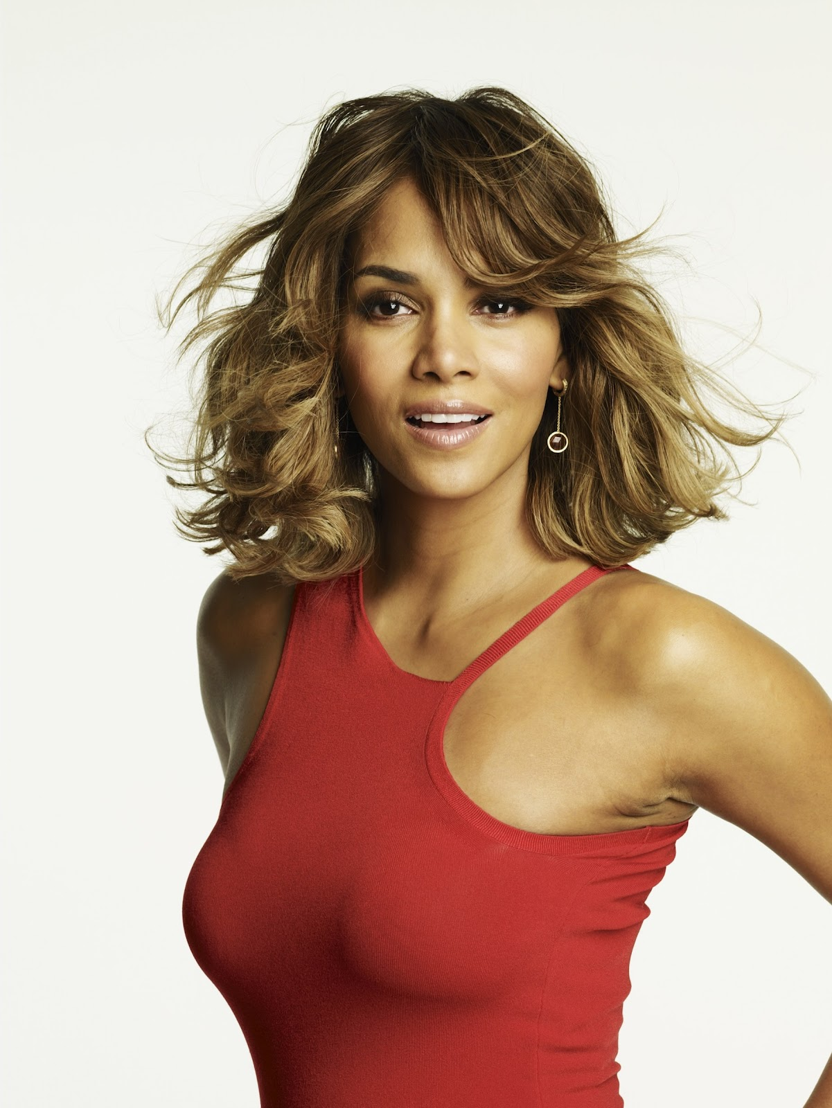 Indian Celebs Pics Halle Berry Sexy Photoshoot-4708