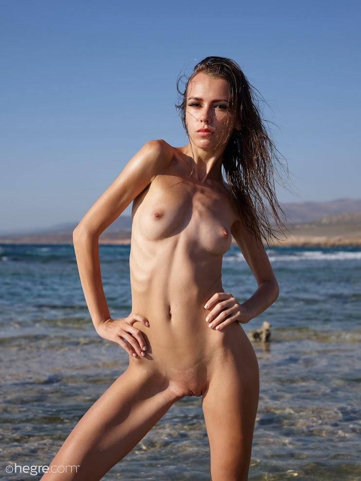 xcx3xamegvp3 title2:Hegre Alice Nude In Cyprus title2hegre 07230
