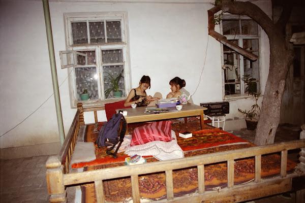 Ouzbékistan, Samarcande, Bakhora, Kumush, tapshan, tapchane, © L. Gigout, 2001