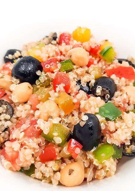 Hladna kvinojina solata blog shot