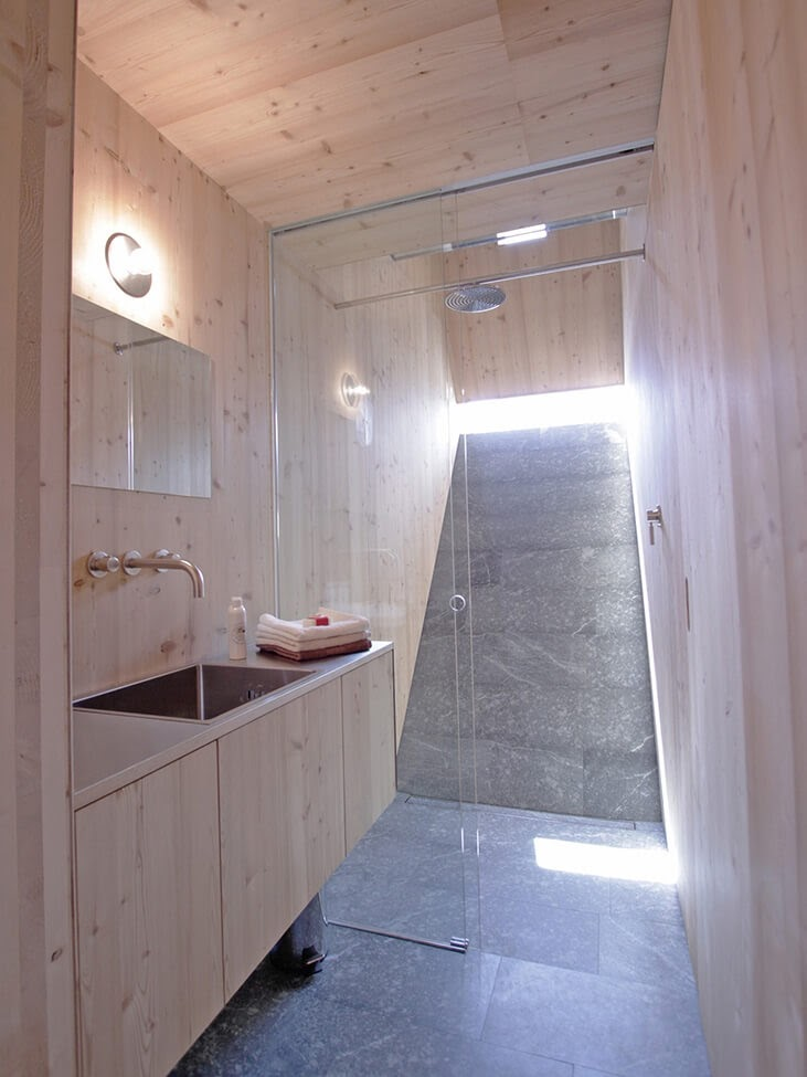 06-Shower-Room-Architecture-with-the-Ufogel-Tiny-House-www-designstack-co