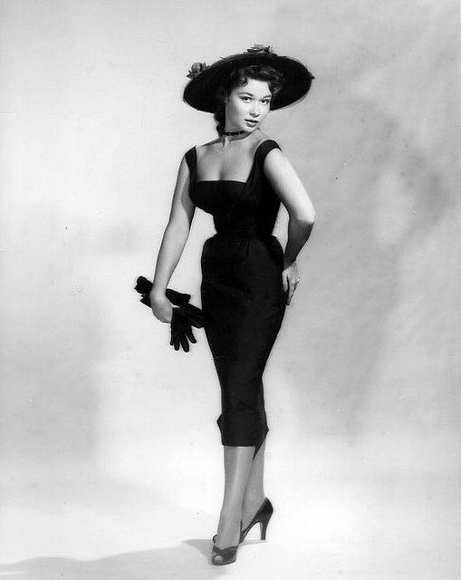 Vintage Hollywood Clothes 77