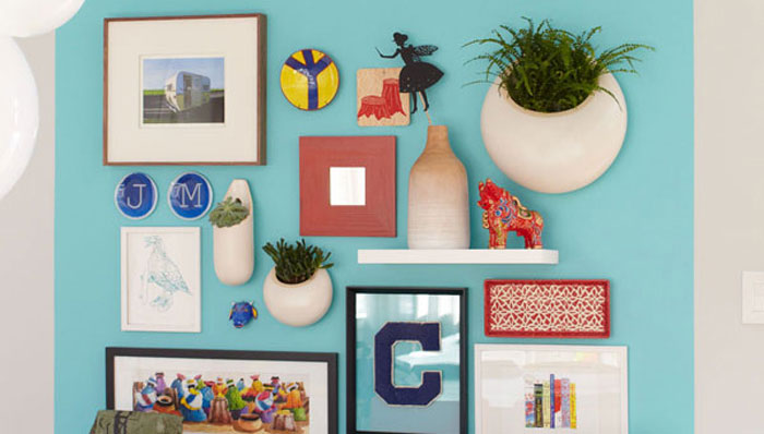 Evolving%2BIdeas%2BAbout%2BHow%2Bto%2BDecorate%2BArt%2BPlacement%2Bon%2BWalls%2B%25282%2529 Evolving Ideas About How to Decorate Art Placement on Walls Interior