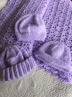https://www.etsy.com/listing/275438464/soft-and-cozy-baby-afghan-and-3-hats-in?ref=listing-shop-header-2