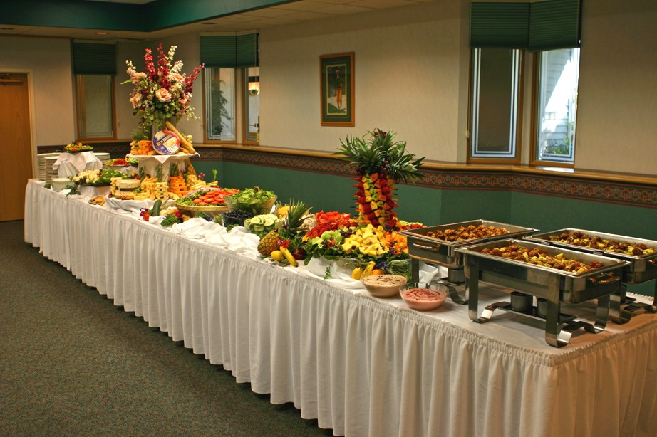 Weddings, Parties, Music & More: Wedding Buffet Lay Out