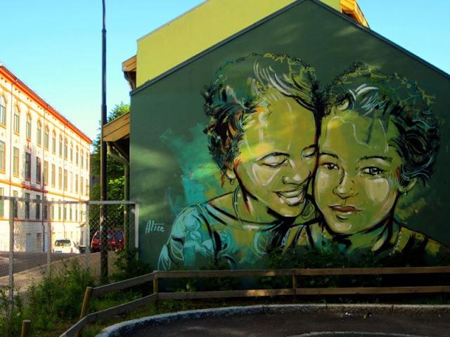 Рисунки на стенах. Alice Pasquini 6