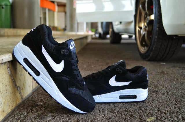 50% off harga sepatu nike air max 2014 hitam putih 52f9f 2a2c0 78b7c2ee0c