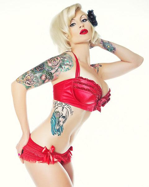 Tattoo models robert alvarado - Tattooed pin up models ...