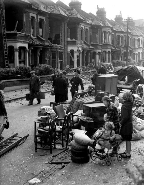 14 September 1940 worldwartwo.filminspector.com London Blitz refugees