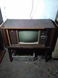 Dijual Tv Tabung Jadul Harga 350 rebu