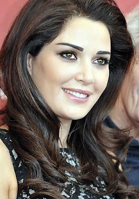 Arabisches hübsches Mädchen