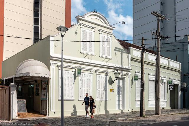 Casa na Rua Mateus Leme que é Unidade de Interesse de Preservação