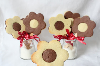 Flower Butter Cookies Fоr Teacher's Day
