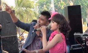 Download Lagu Mp3 Duet Romantis Gerry Dan Tasya Om Aurora Terbaru