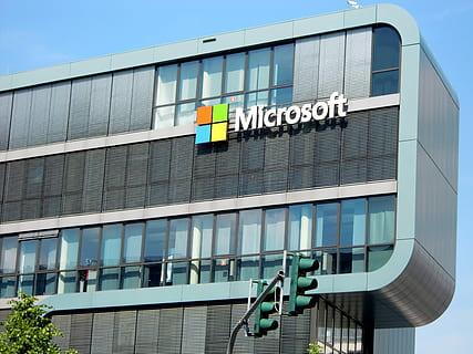 Microsoft to Make Augmented Reality Headsets for US Army Worth $22 Billion.lelemuku.com.jpg