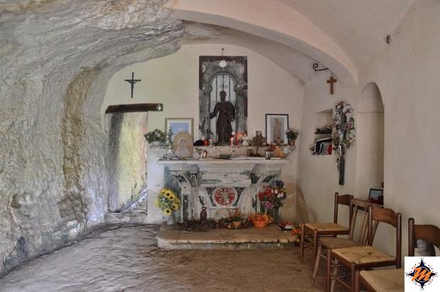 Roccamorice, eremo di San Bartolomeo in Legio