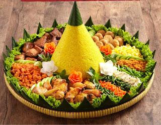 Nasi Tumpeng ( Bengkulu Catering )