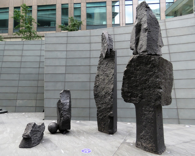 The Broad Family by Xavier Corberó, Exchange Square, Broadgate, City of London, London