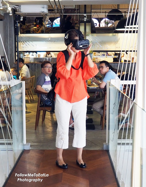Great Fun VR Experience Over Good Food & Drinks