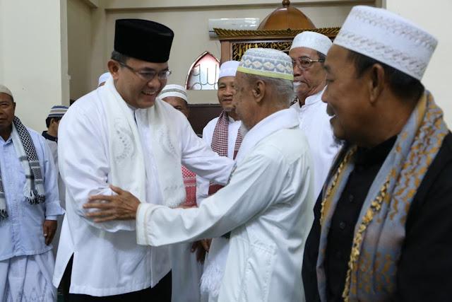 Bupati Muba Ajak Warga  Jaga Kebersihan Toilet Masjid