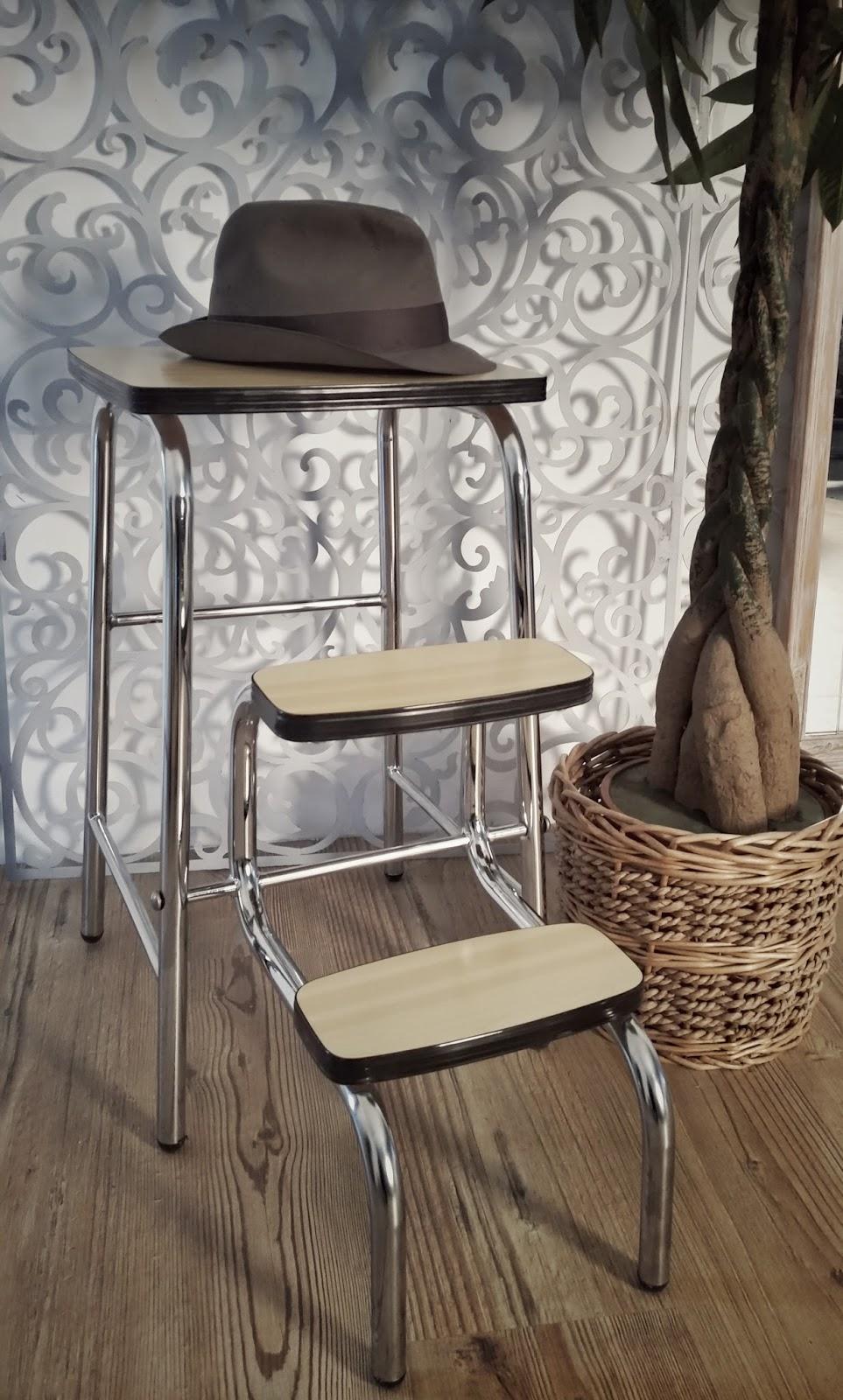 Martina vintage taburete escalera vintage for Taburete escalera cocina