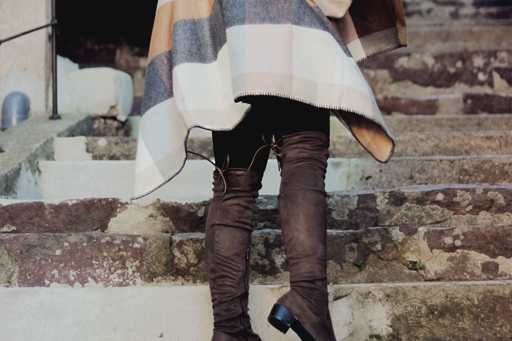 aimerose fashion blog france over knee lace boots