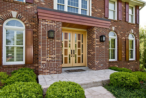 For Many Homeowners Using Brick Vinyl Siding Is A Better Option The Exteriors Of Their Home