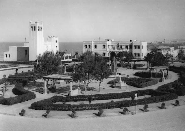 Lugares que frecuentaba Guillermo Guillamón. Plaza de España (Fotos archivo propio)