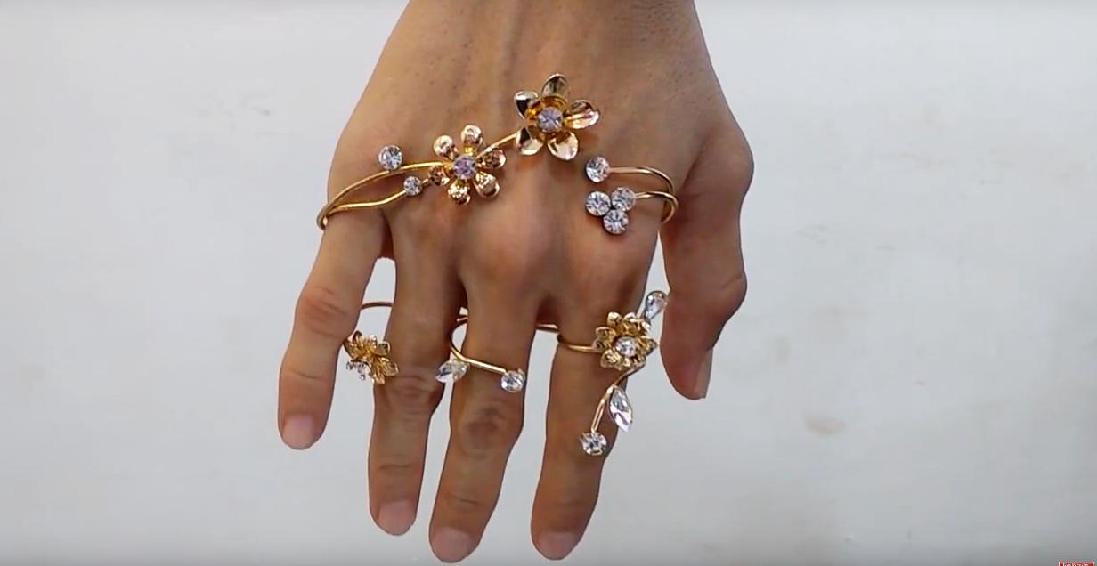 3d26df7cf23 Live Your Fashion  Fancy Adjustable Three Finger Ring Women Fashion ...