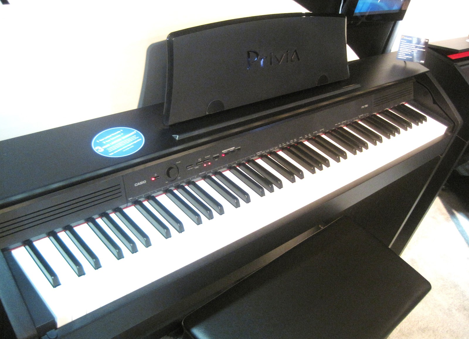 az piano reviews review casio px750 privia digital piano recommended new low priced. Black Bedroom Furniture Sets. Home Design Ideas