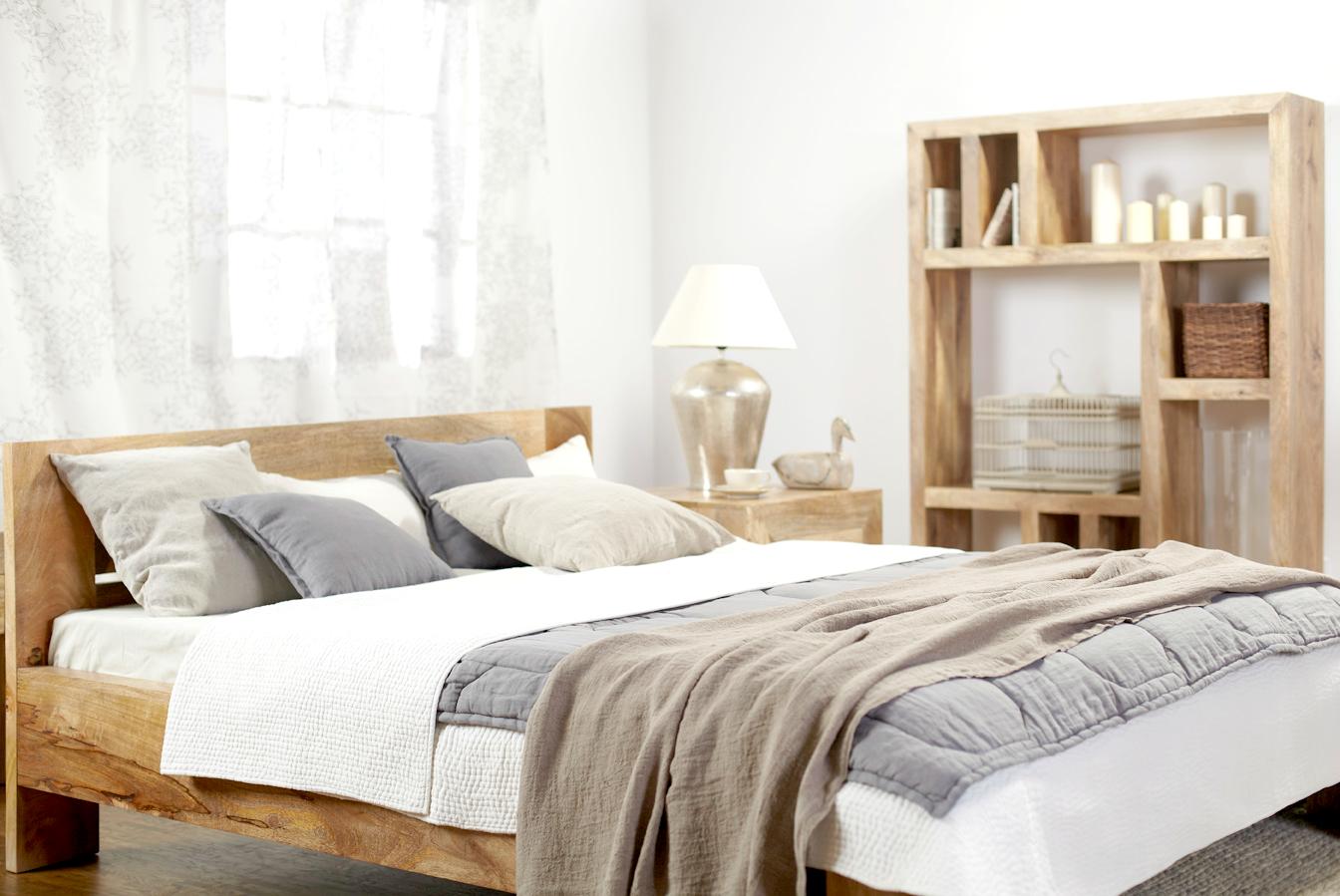 naturalne drewno łóżko