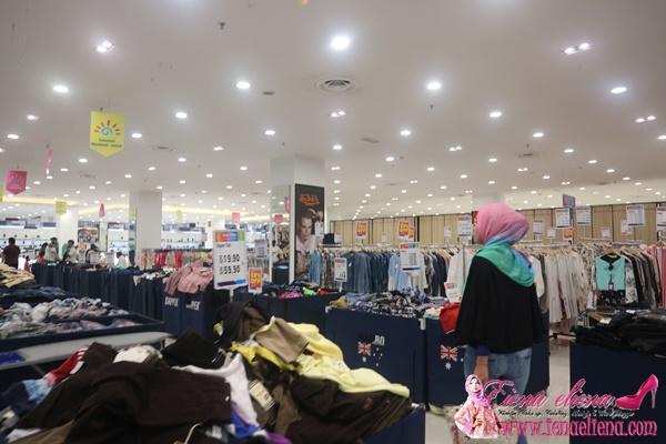 Ruangan Clearance Sale