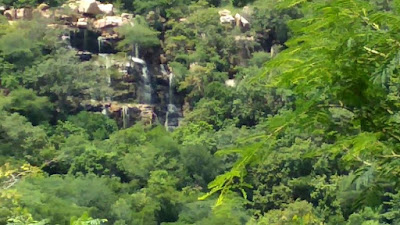 Batrepalli waterfalls an oasis in drought-hit Anantapur-కరువుప్రాంతం అనంతపురంలో బట్రేపల్లి జలపాతాలు ఒక ఒయాసిస్