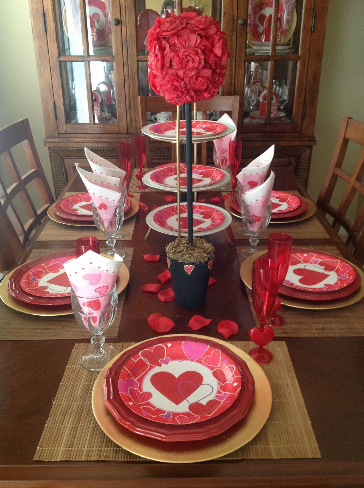 Craft room secrets valentine 39 s day house decor - Valentine day room decoration ...