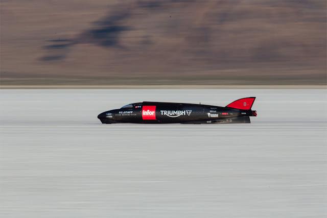 Η Triumph θέλει να ξεπεράσει το ρεκόρ των 606 km/h