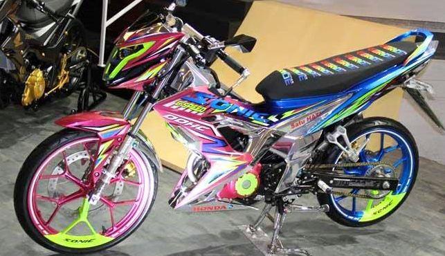 modifikasi motor honda sonic 150 r bergaya Road race keren