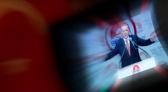 """""""Ο """"μάστορας"""" Ερντογάν έγινε Εμβέρ Πασάς""""!"""
