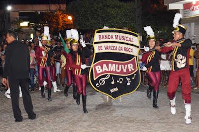 REGIÃO / A BAMUVR DE VÁRZEA DA ROÇA PARTICIPA COM SUCESSO DA 1º ENCONTRO DE FANFARRA EM BAIXA GRANDE