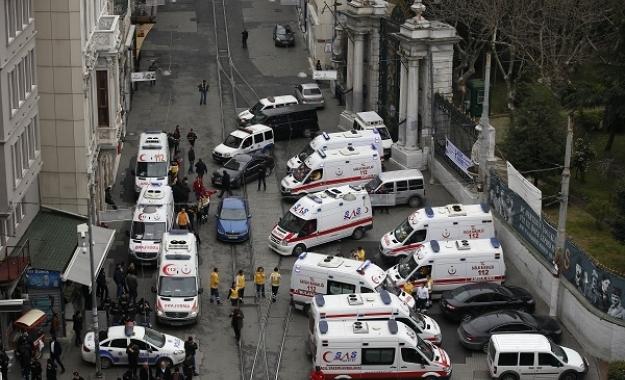 Ισχυρή έκρηξη σε αρχηγείο της αστυνομίας στην Τουρκία