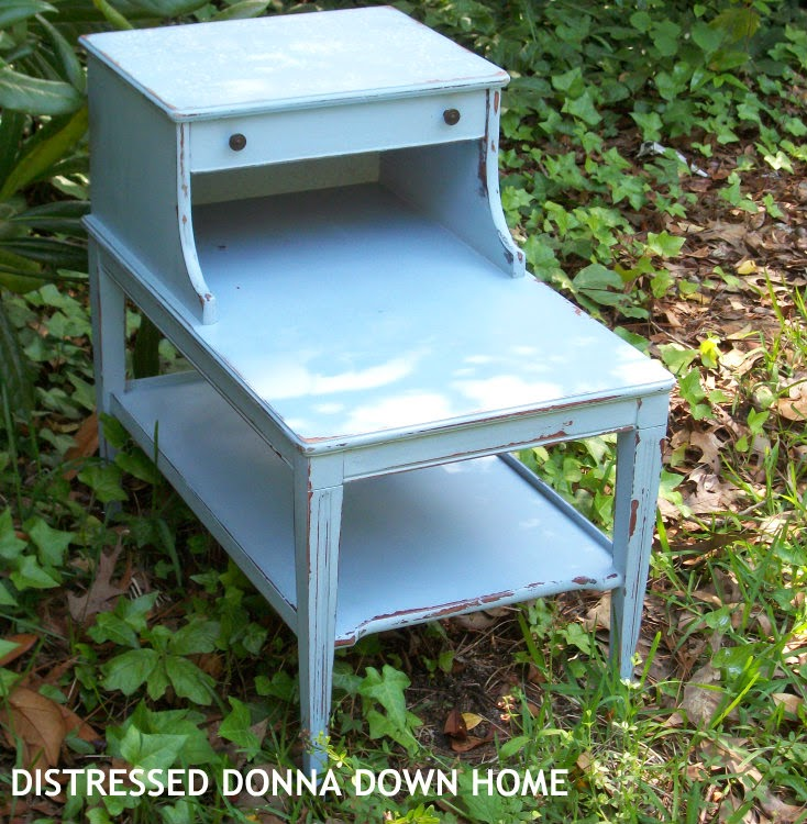 distressed painting, Americana Decor Chalky Paint, end table, furniture makeover