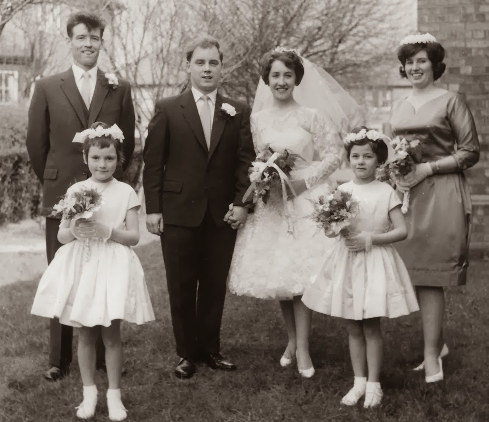 Adorable Real Vintage Wedding Photos From The 1960s Vintage Everyday