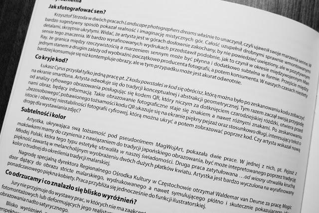 """""""Co kryje kod?"""" - komentarz dr Krzysztofa Jureckiego do katalogu wystawy CYBERFOTO 2019. fot. Łukasz Cyrus."""