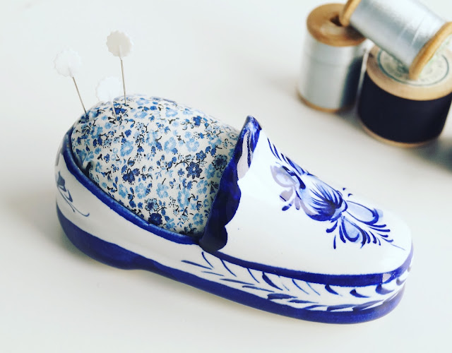 ceramic shoe pincushion by anorina morris @ sameliasmum.com