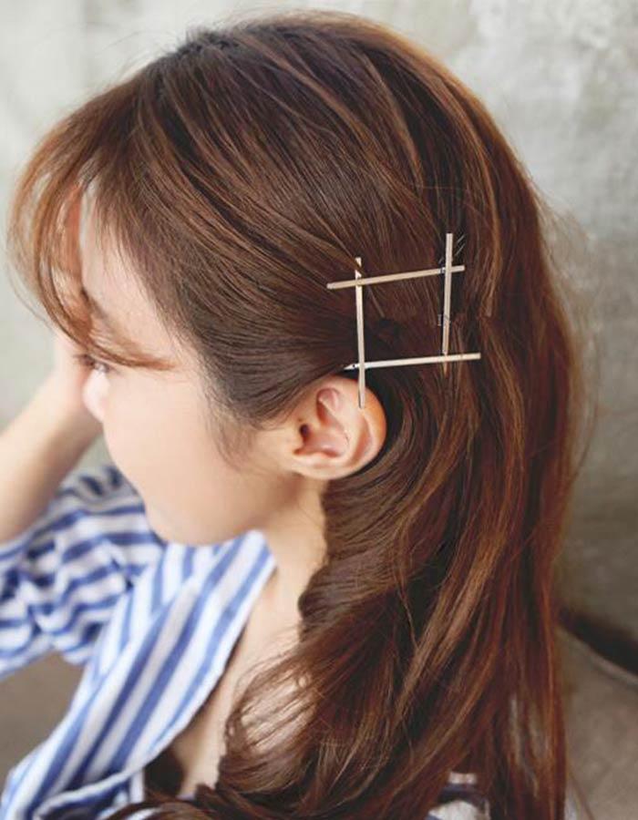Acessório de quadrado metálico para cabelo